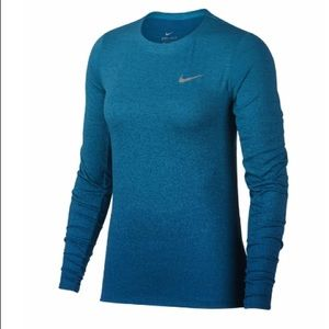 Women's Nike Medalist Long Sleeve Running Top